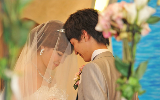 二人だけの結婚式から、家族や親しい友人を招いてのアットホームウェディング(40名程度)も